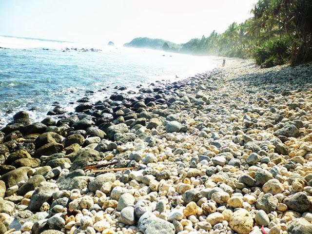 Image result for pantai pidakan pacitan jawa timur